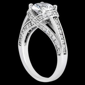 2.26 carats Round diamonds engagement ring solitai
